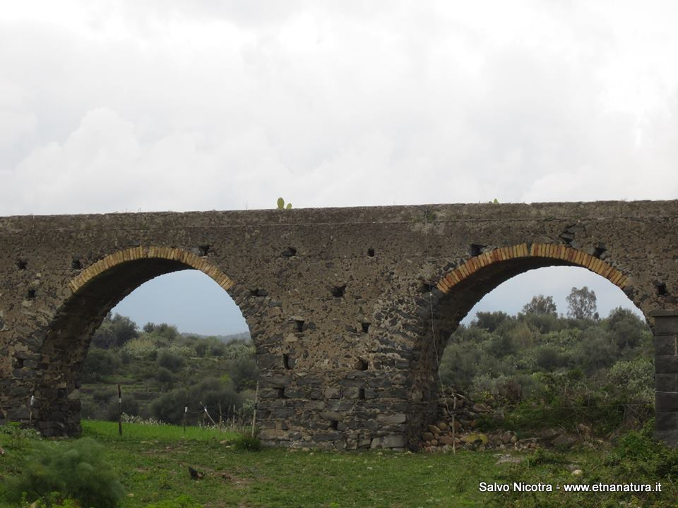 Acquedotto romano Valcorrente
