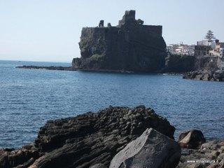 Castello Aci Castello: 1299 visite da giugno 2018