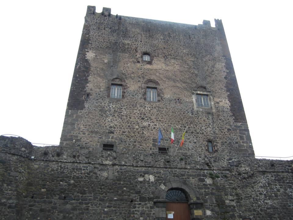Castello_Adrano