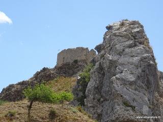 Castello Fiumedinisi: 1665 visite da giugno 2018