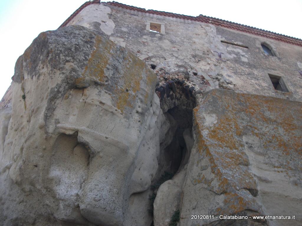 Castello_Lauria