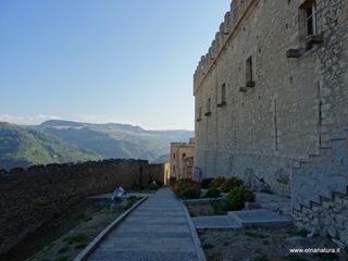 Castello di Montalbano: 276 visite da giugno 2018