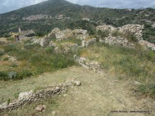 Castello di Pentefur: 1 visite oggi