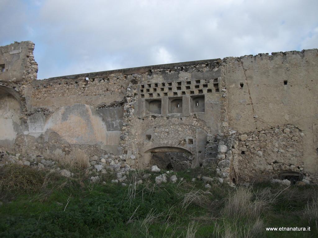 Castello_di_Poira