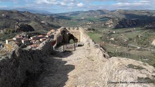 Castello di Sperlinga: 901 visite da giugno 2018