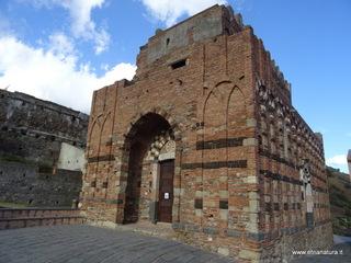 Chiesa santi Pietro e Paolo: 1926 visite da giugno 2018