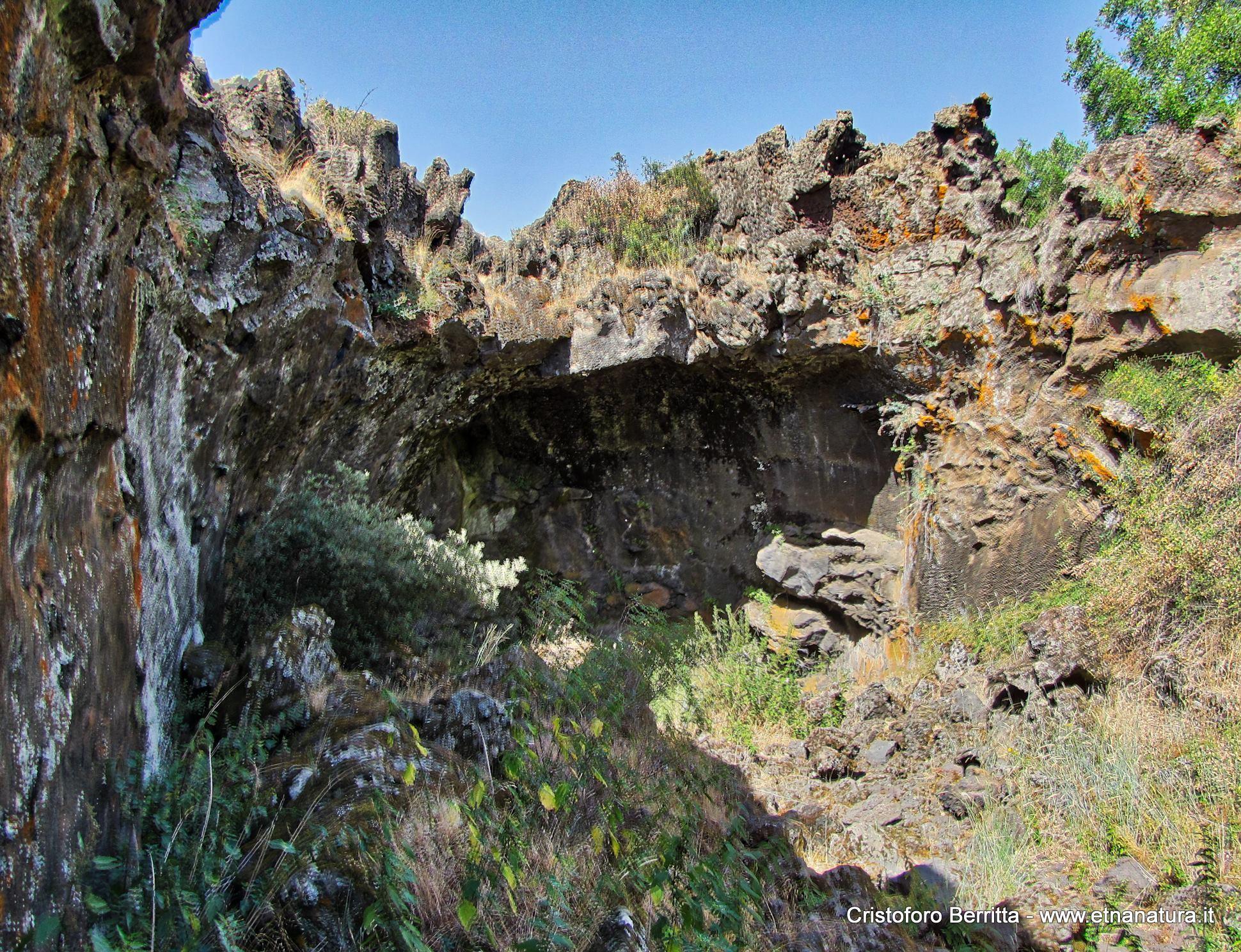 Grotta Intraleo: 397 visite da giugno 2018