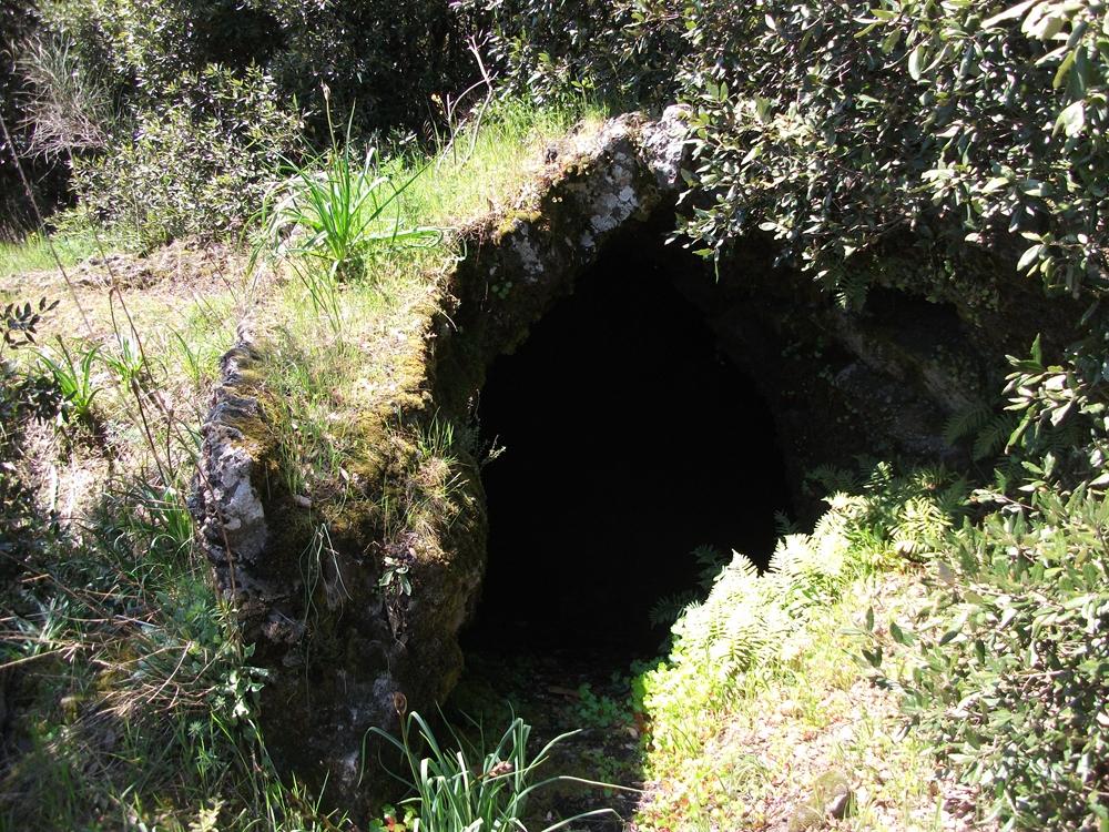 Grotta_monte_Cicirello