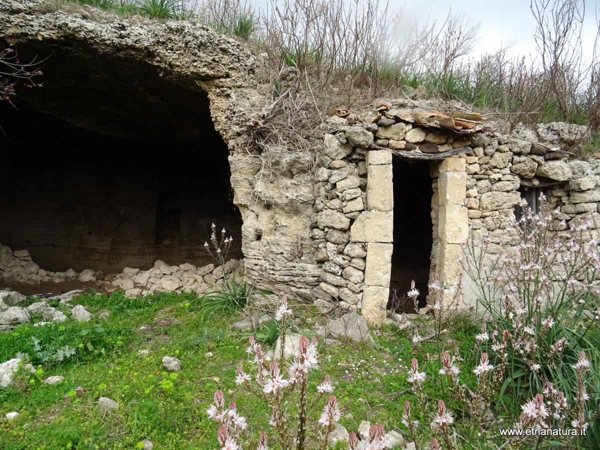 Necropoli Ossena