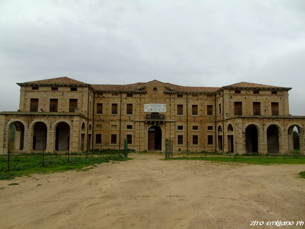 Palazzo_Pennisi