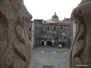Palazzo Platamone: 1 visite oggi