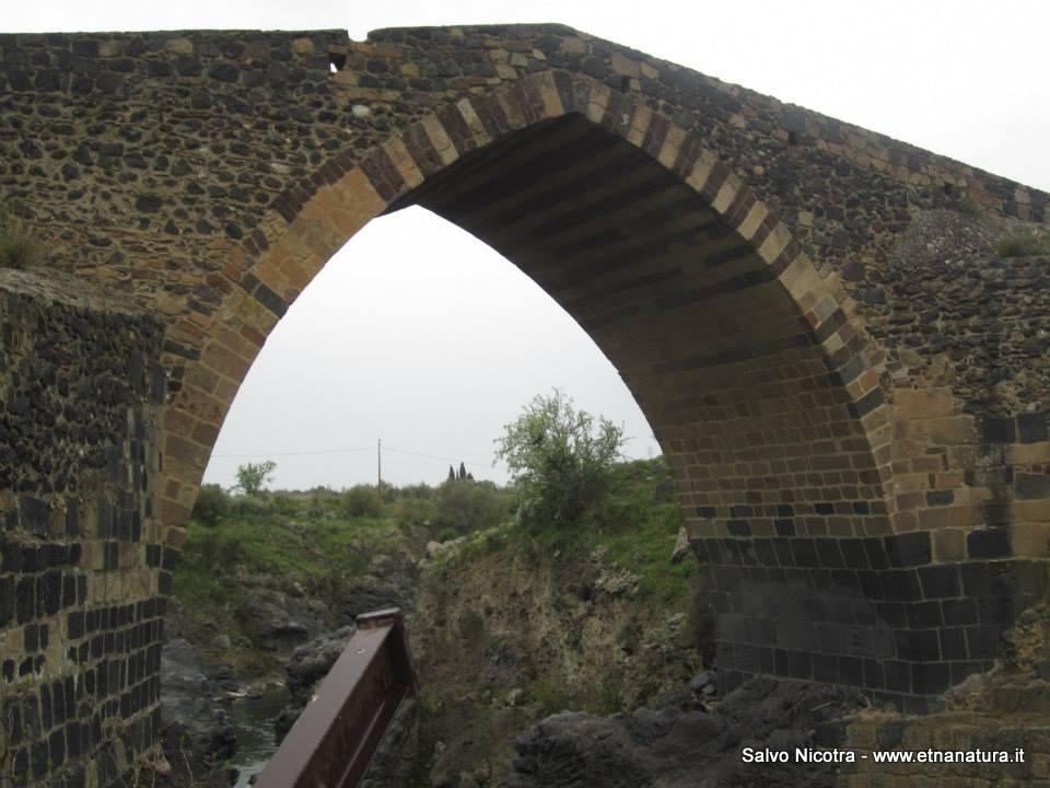 Ponte_Saraceno