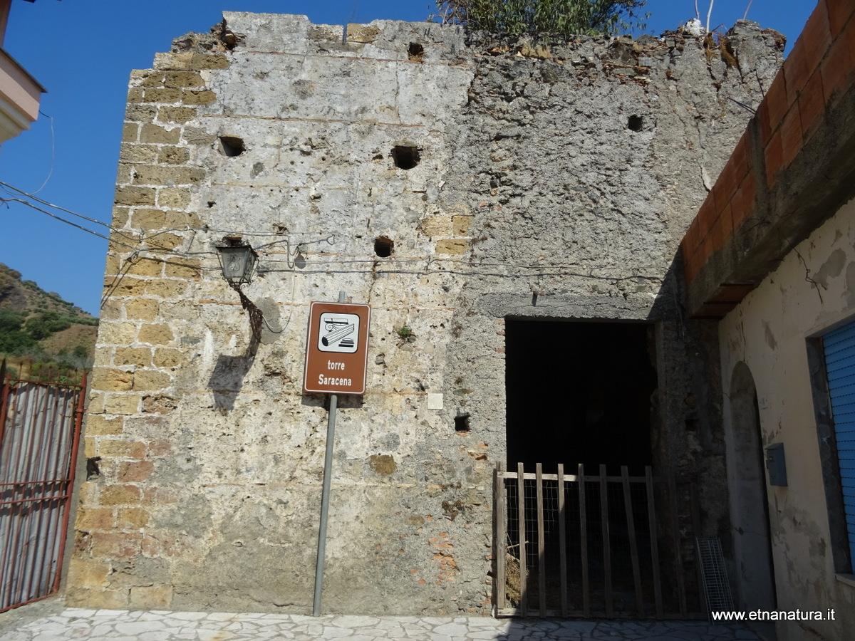 Torre Saracena Locadi