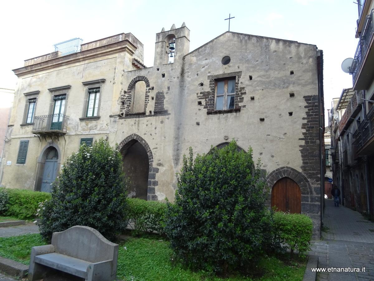 Via degli archi etnanatura news - Finestra a due archi ...