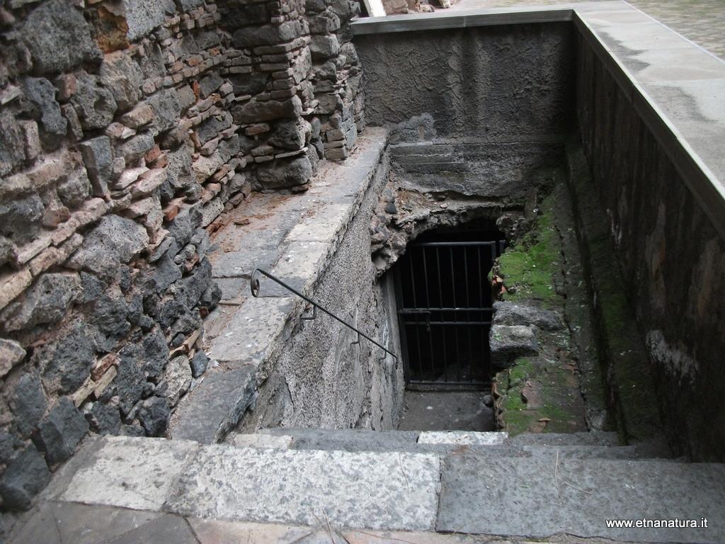 Cripta della chiesa di sant'Euplio.