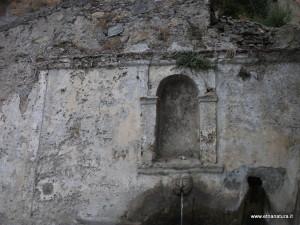 Fontana_vecchia_26-07-2014 10-40-54