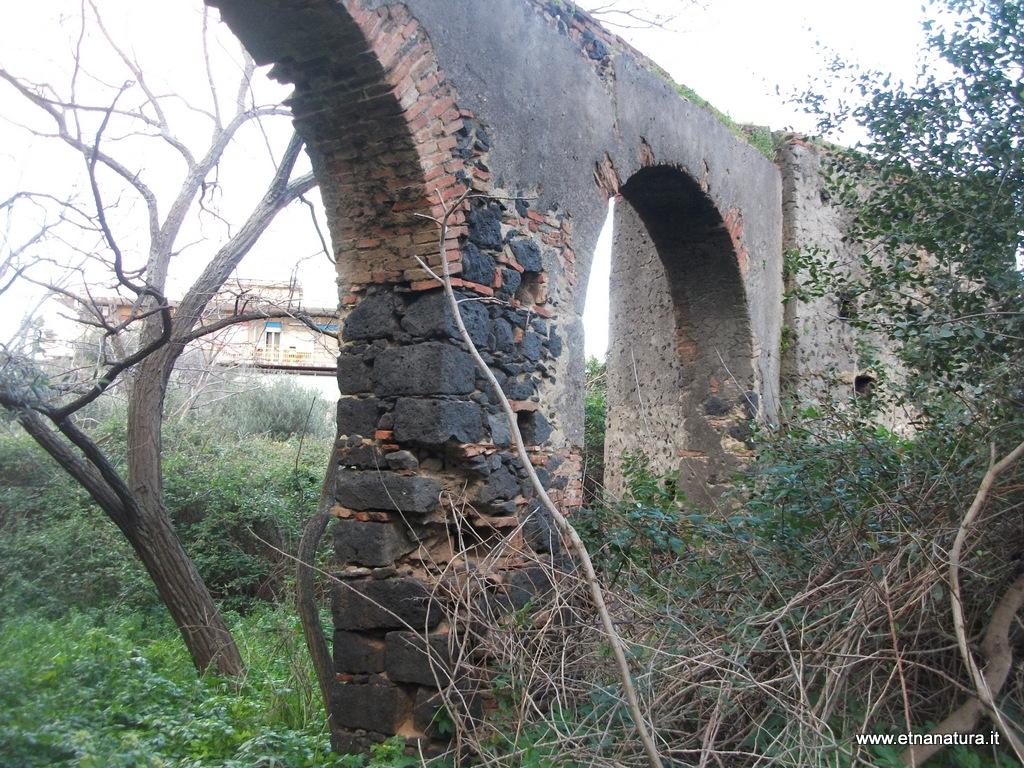 Acquedotto Catania Monte Po.