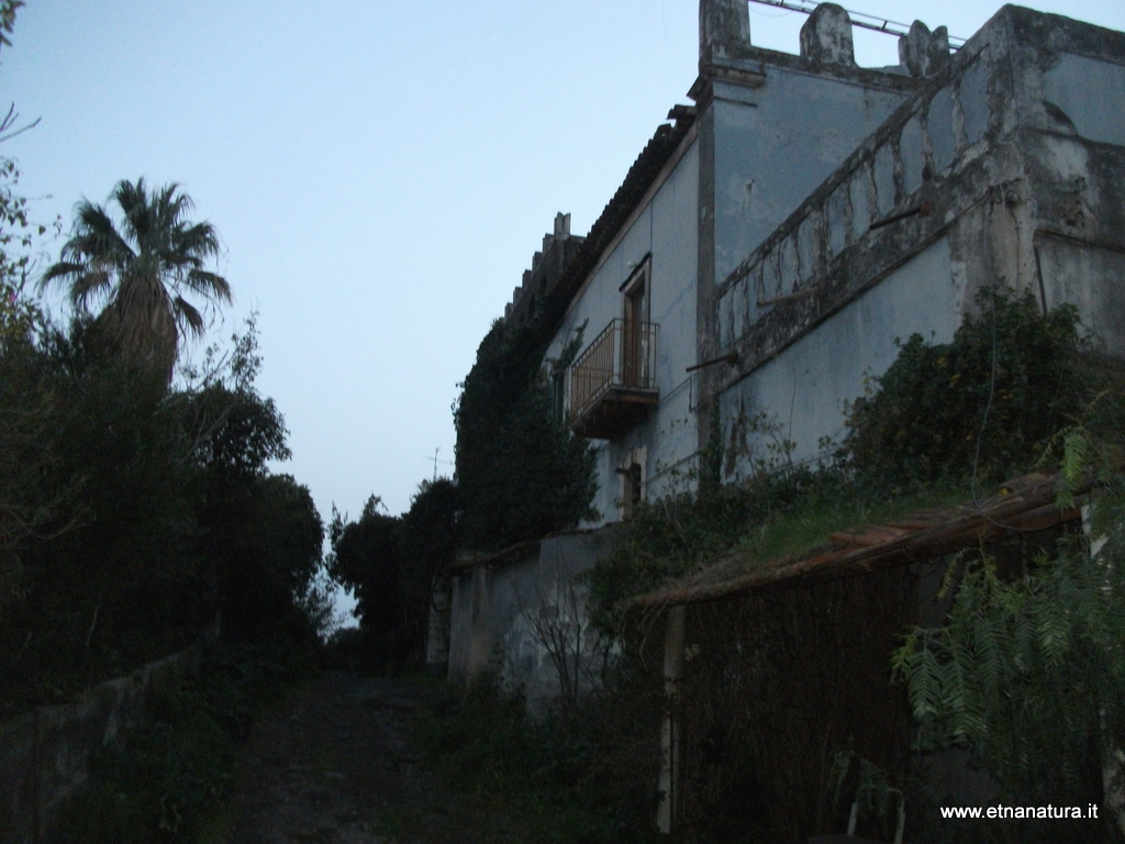 Villa Curia