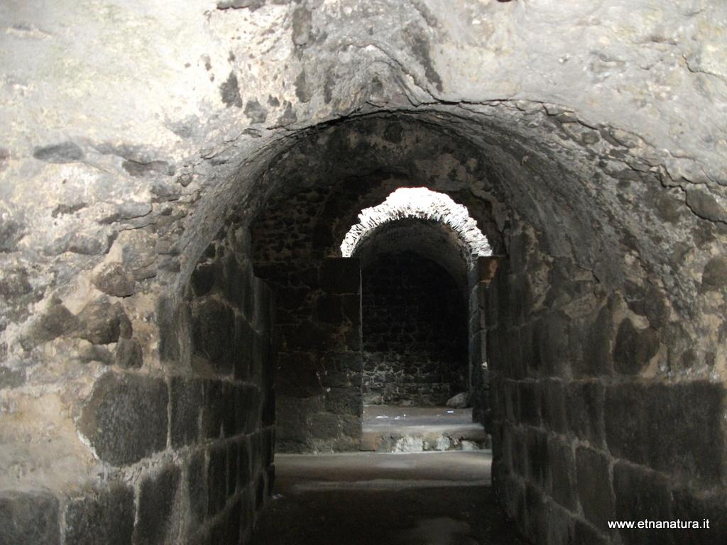 Anfiteatro romano di piazza Stesicoro